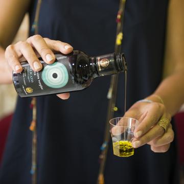 olio-extravergine-di-oliva-delicato-formato-250ml